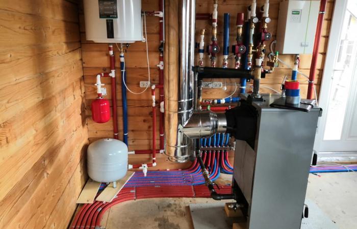 Установка системы отопления для частного дома в Подмосковье